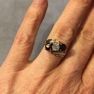 Vintage 10k garnet and diamond ring